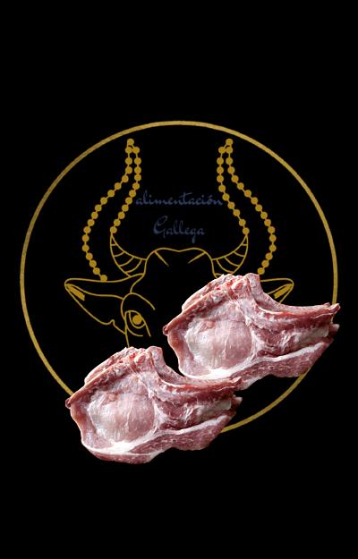 Chuleta de cerdo criado con castañas